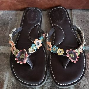 Fossil brown leather flip flops size 10.5